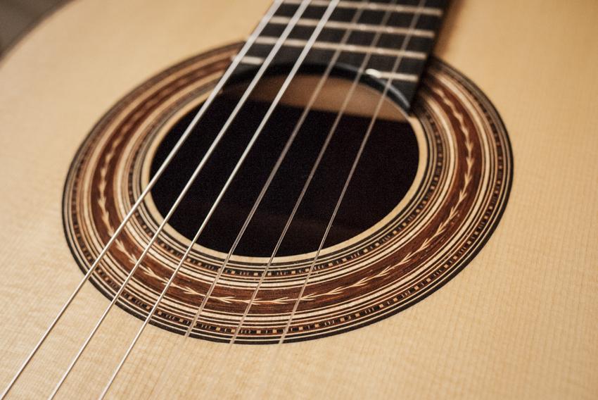 Gust den Aantrekker Luthier